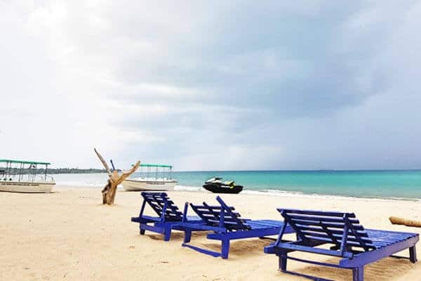 Uppuveli-beach-1